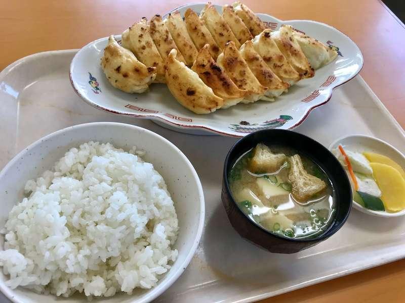 福みつの餃子定食