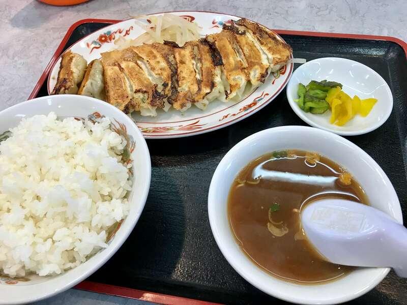 「【凡太】家族で食べやすい!餃子推しの老舗ラーメン店!」のアイキャッチ画像