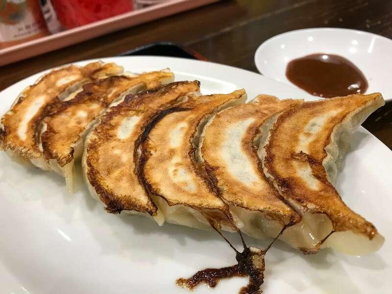 「【金の豚 浜北店】セットで味わいたい品数いっぱいボリュームたっぷり町中華!」のアイキャッチ画像