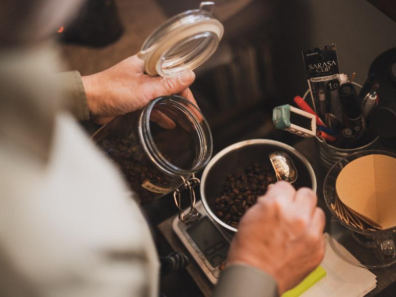 「自家焙煎Specialty珈琲屋TONES|音楽好き店主さんと美味しい自家焙煎コーヒーがあるお店」のアイキャッチ画像