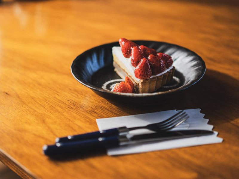 自家焙煎Specialty珈琲屋TONESのケーキ
