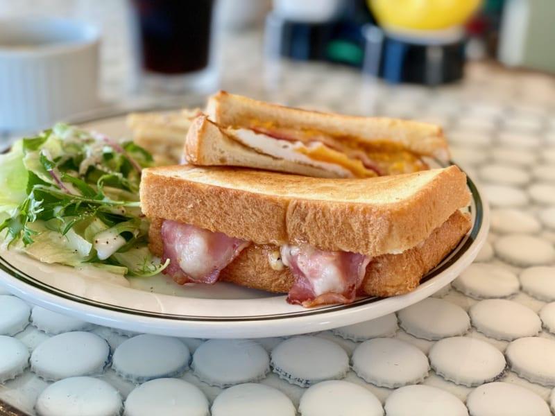 「CALLIESキャリーズ ハチミツ風味がたまらない!絶品グリルチーズサンド!」のアイキャッチ画像