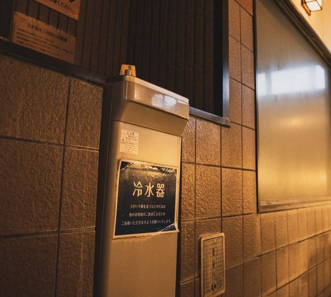 RAKUSPACafe浜松の冷水機